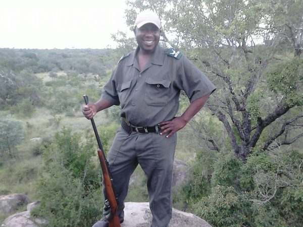 Mbazi Safaris - Kruger National Park Tour Operator - Lucky Mathebula - Owner and Qualified Field Guide and Tour Operator